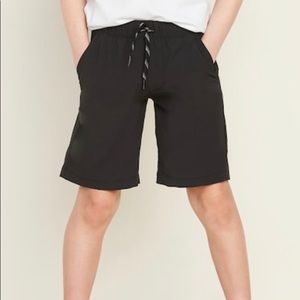 Old Navy active dry shorts